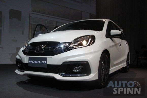 2014-Honda-Mobilio-TH-Launch89