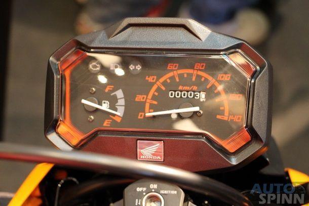 2014-Honda-Zoomer-X-Launch_02