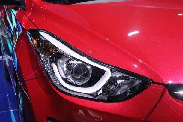2014-Hyundai-Elantra-Sport-headlight-1024x682