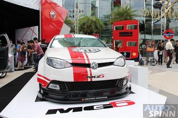 2014-MG6-Launch11