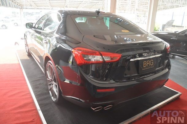 2014-Maserati-Ghibli-1st-Diesel-In-Thai_10