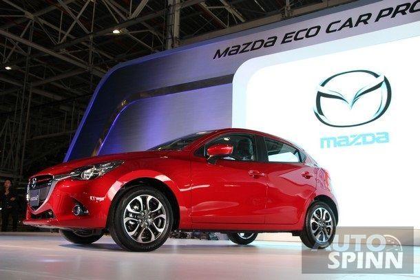 2014-Mazda2-EcoCar-Launch51