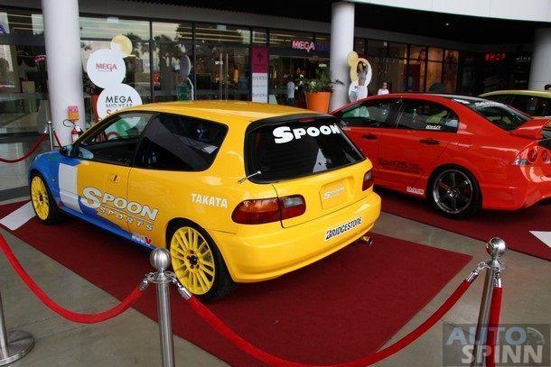 2014-Mega-AutoShow3