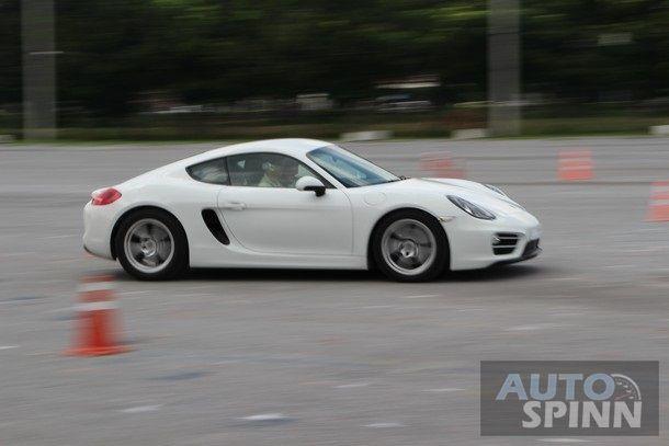 2014-Porsche-Cayman-1stImpression82