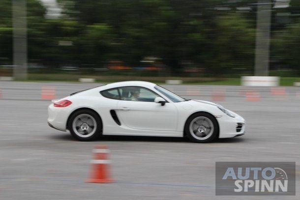 2014-Porsche-Cayman-1stImpression86