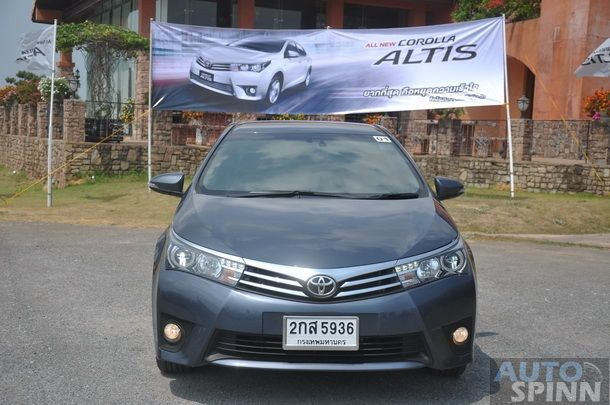 2014-Toyota-Altis-GroupTest-Pon_055