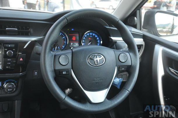 2014-Toyota-Altis-GroupTest-Pon_076