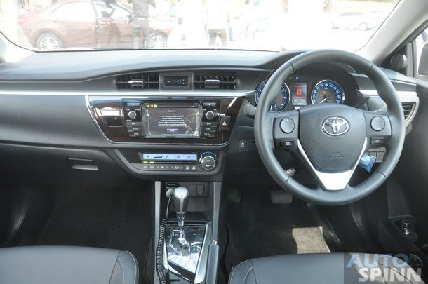 2014-Toyota-Altis-GroupTest-Pon_077
