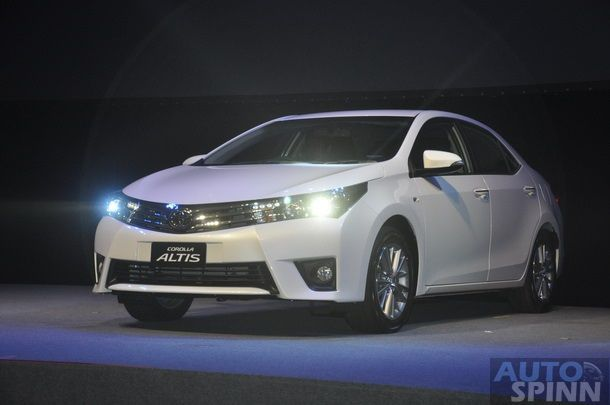 2014-Toyota-Corolla-Altis-TH-Launch_06