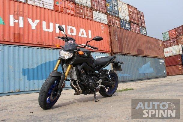 2014-Yamaha-FZ-09-TestRide16