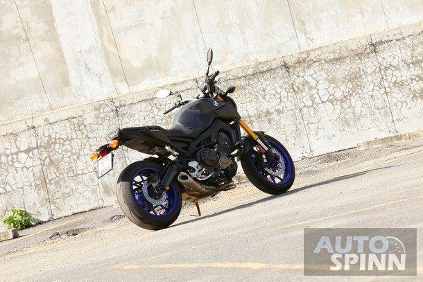 2014-Yamaha-FZ-09-TestRide2