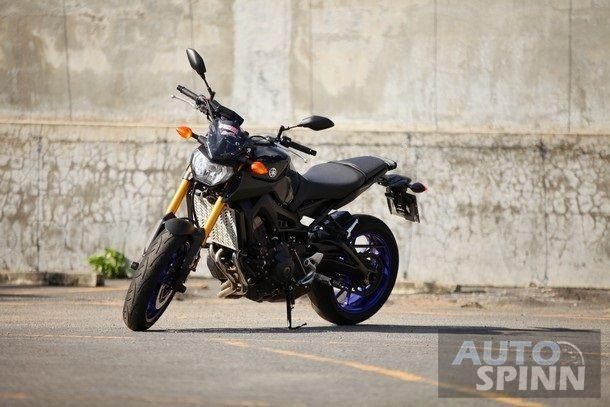 2014-Yamaha-FZ-09-TestRide3