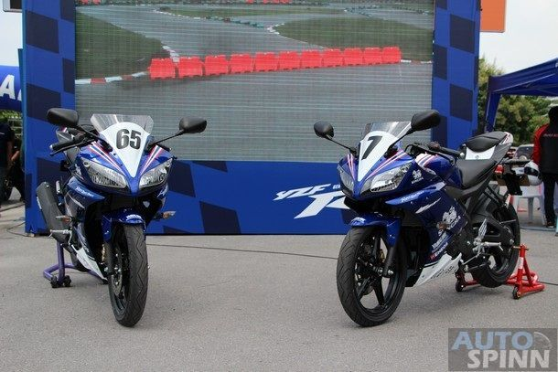 2014-Yamaha-R15-Launch27