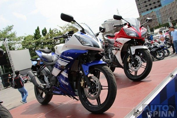 2014-Yamaha-R15-Launch36