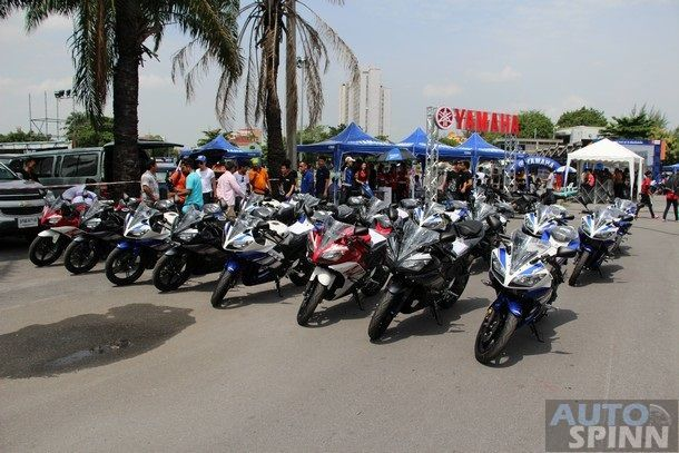 2014-Yamaha-R15-Launch50