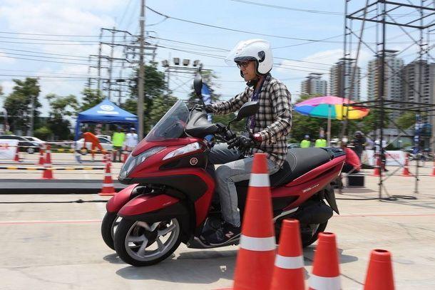 2014-Yamaha-Tricity-1st-Test_03
