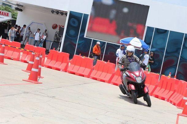 2014-Yamaha-Tricity-1st-Test_07