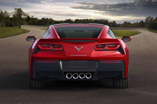 https://img.icarcdn.com/autospinn/body/2014-chevrolet-corvette-4_653.jpg