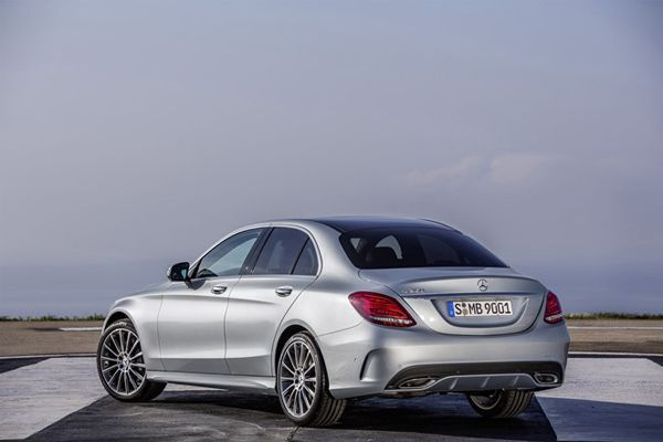 https://img.icarcdn.com/autospinn/body/2014-mercedes-benz-to-offer-mid-level-amg-models-2.jpg