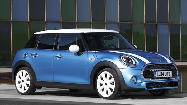 https://img.icarcdn.com/autospinn/body/2014-mini-5-door-1.jpg
