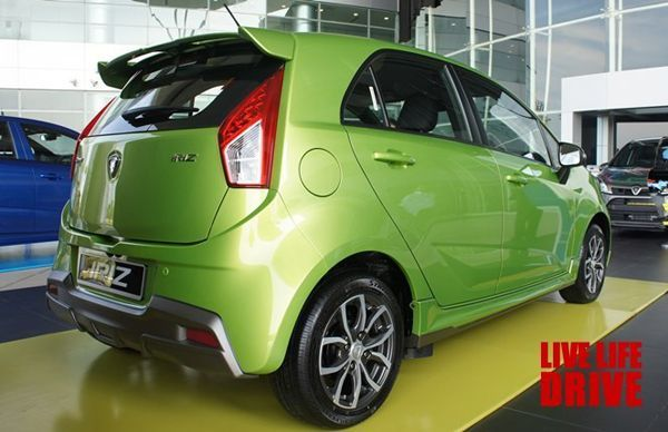 https://img.icarcdn.com/autospinn/body/2014-proton-iriz-launch-event-malaysia-2.jpg
