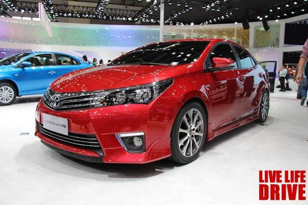 https://img.icarcdn.com/autospinn/body/2014-toyota-corolla-and-levin-at-beijing-auto-show-12.jpg