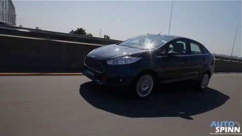 2014_Ford_Fiesta_EcoBoost_4D_21