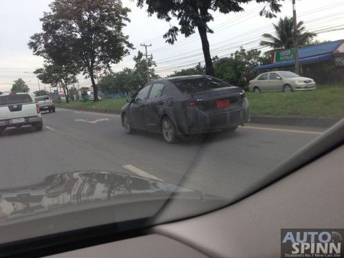 2014_Toyota_Altis_Spyshot-7