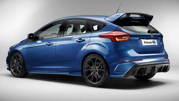 2015-550481-ford-focus-rs1
