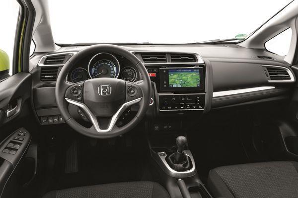 https://img.icarcdn.com/autospinn/body/2015-Honda-Jazz-European-spec-23-r.jpg