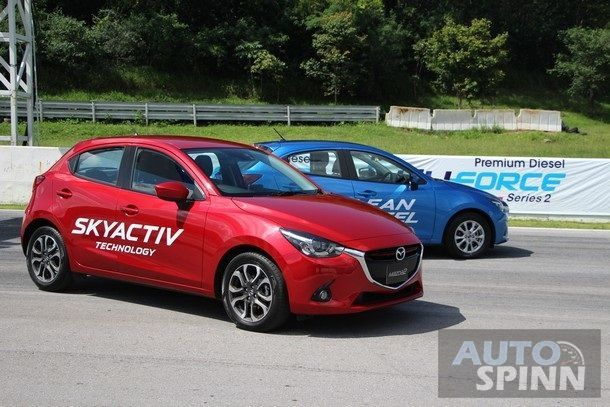 2015-Mazda2-Skyactiv-EcoCar-Test-Bonanza12