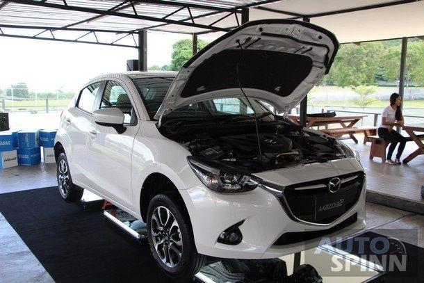 2015-Mazda2-Skyactiv-EcoCar-Test-Bonanza15