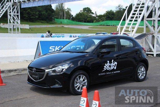 2015-Mazda2-Skyactiv-EcoCar-Test-Bonanza2
