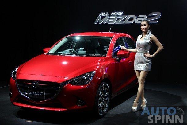 2015-Mazda2-Skyactiv39