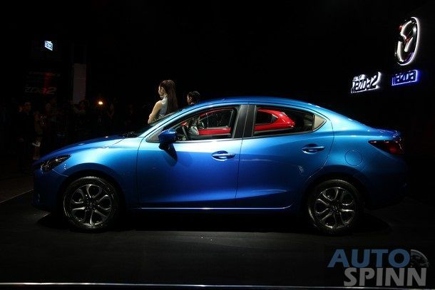 2015-Mazda2-Skyactiv51