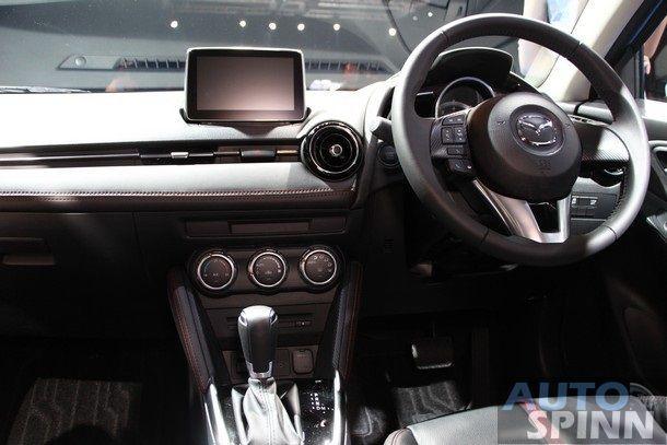2015-Mazda2-Skyactiv61