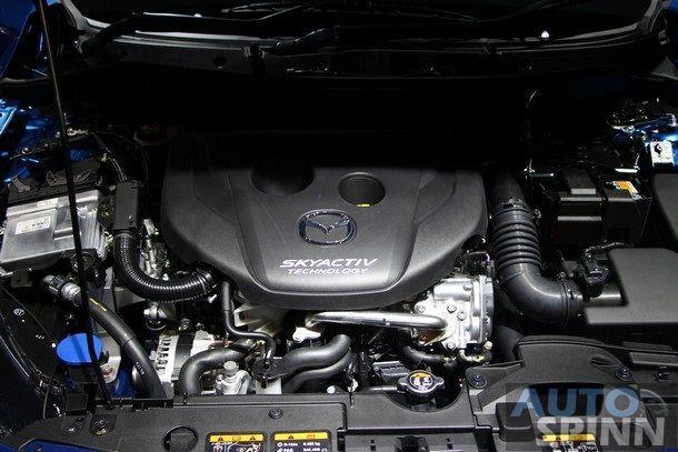 2015-Mazda2-Skyactiv77