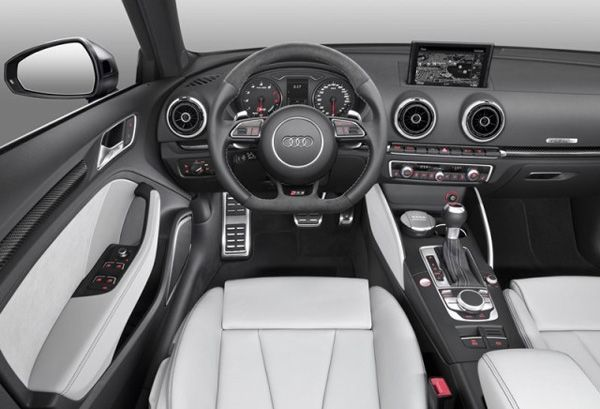https://img.icarcdn.com/autospinn/body/2015-audi-rs3-sportback-4-640x436.jpg