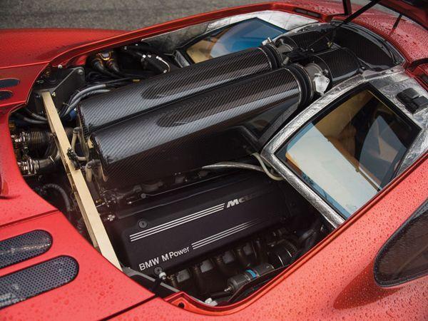 https://img.icarcdn.com/autospinn/body/2015-mclaren-f1-lm-spec-auction-2.jpg