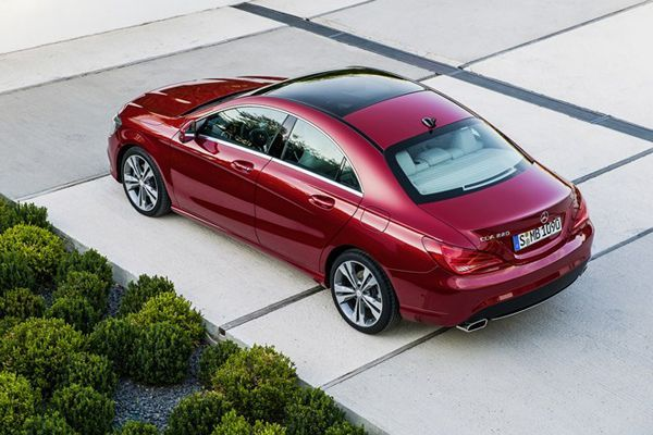 https://img.icarcdn.com/autospinn/body/2015-mercedes-benz-cla-shooting-brake-arriving-end-of-this-year-2.jpg