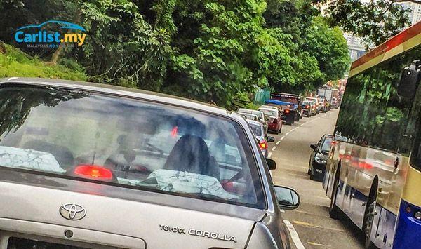 https://img.icarcdn.com/autospinn/body/2015-traffic-jam-2.jpg