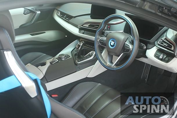 2016 BMW i8 - 4