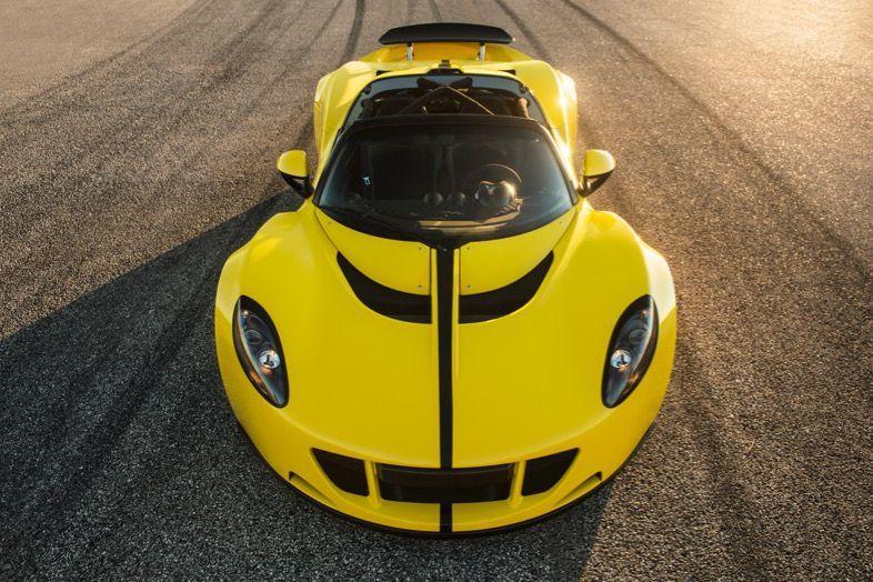 https://img.icarcdn.com/autospinn/body/2016-Hennessey-Venom-GT-2.jpg