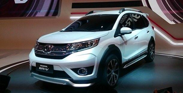 2016-Honda-BR-V-3