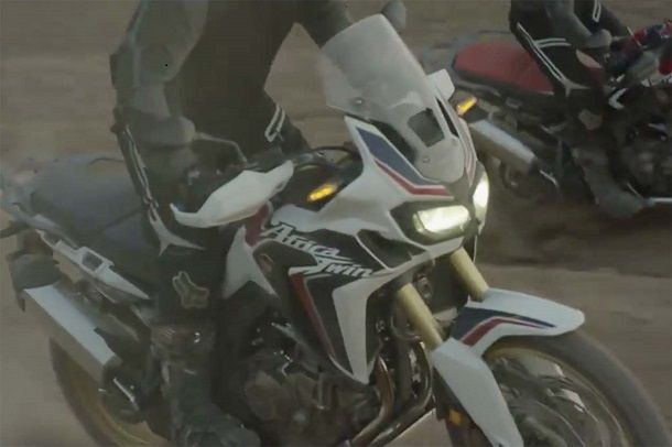 2016-Honda-CRF1000L-Africa-Twin-video-leak-04