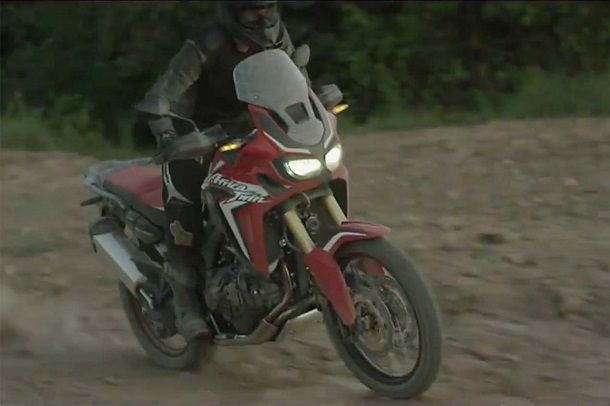 2016-Honda-CRF1000L-Africa-Twin-video-leak-28