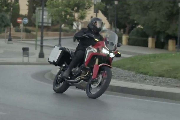 2016-Honda-CRF1000L-Africa-Twin-video-leak-33