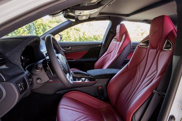2016-Lexus-GS-F-46