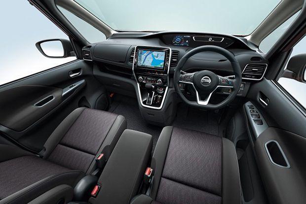 https://img.icarcdn.com/autospinn/body/2016-Nissan-Serena-5-850x567.jpg