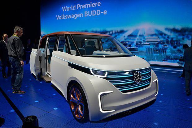 https://img.icarcdn.com/autospinn/body/2016-VW-BUDD-E-05.jpg